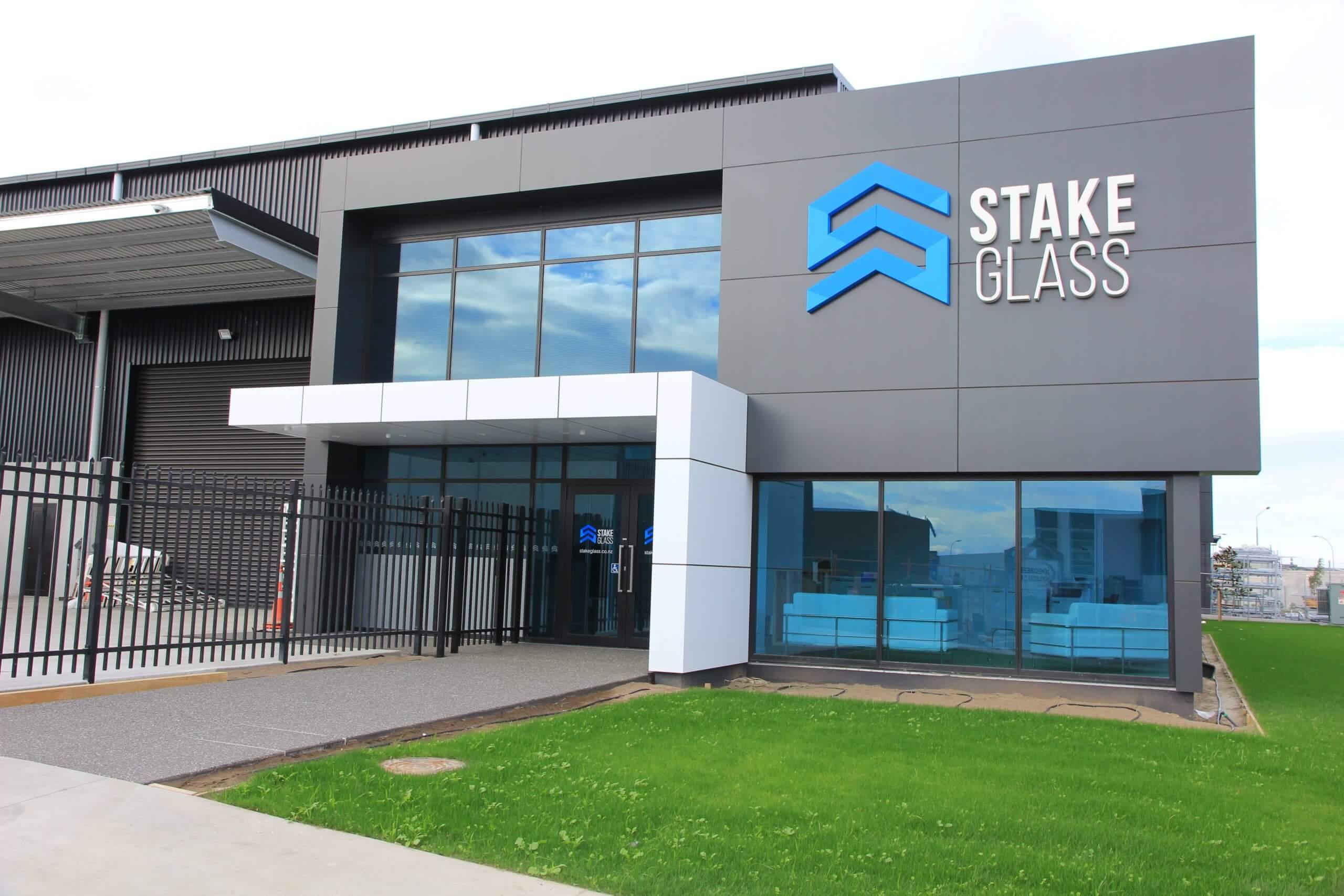 Stake Glass